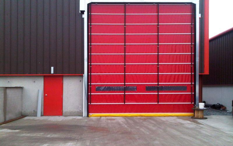 Hızlı PVC (Branda) Katlanır Kapı1