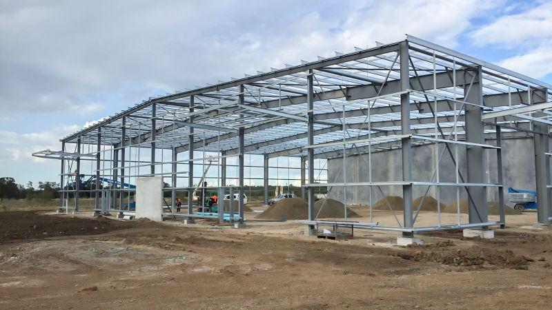 çelik konstrüksiyon ile ev veya fabrika yapılabilir oldukça kullanışlı güvenli ve taşınabilir