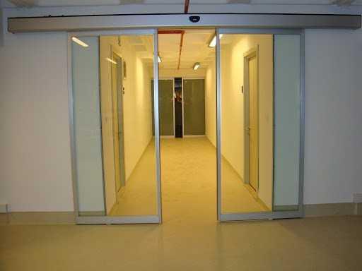 fotoselli kapı çift kanat mekanizmalı yana açılır otomatik kapı hizmeti